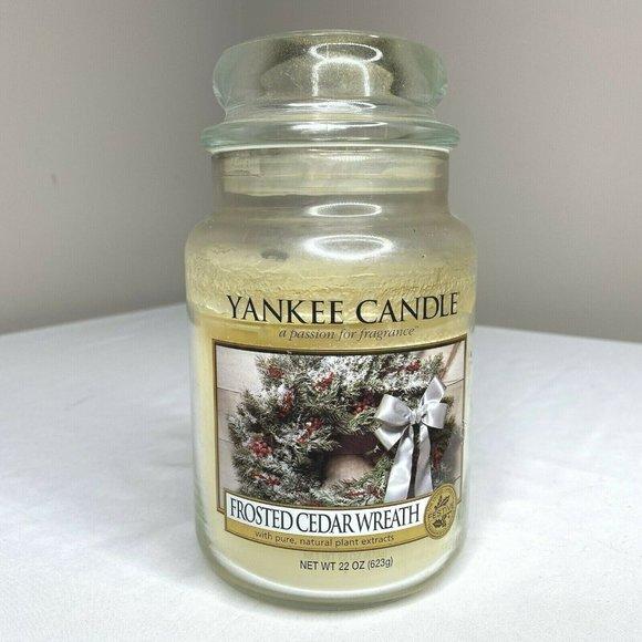 Yankee Candle Frosted Cedar Wreath 22 oz. Jar